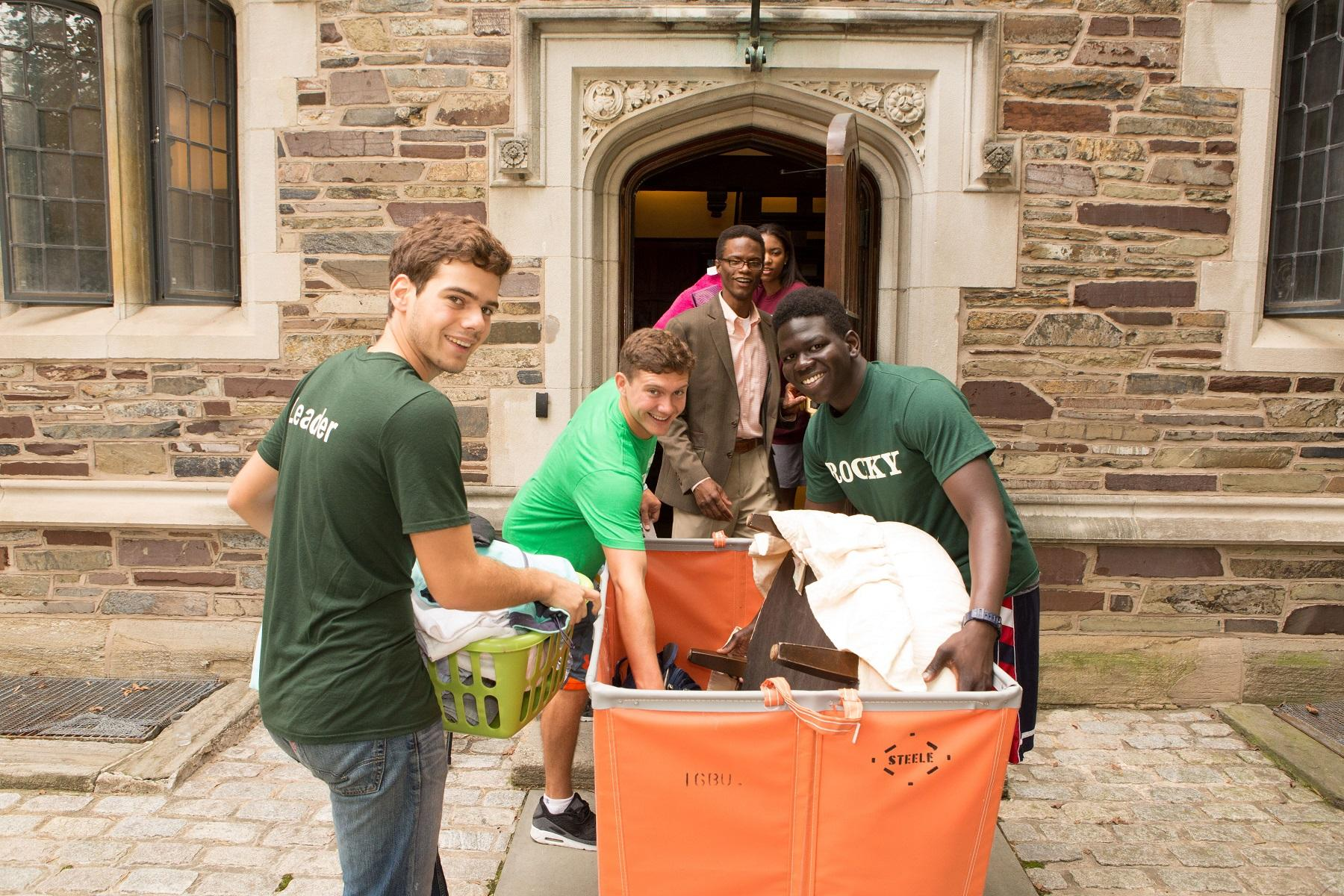 Students moving into residential college