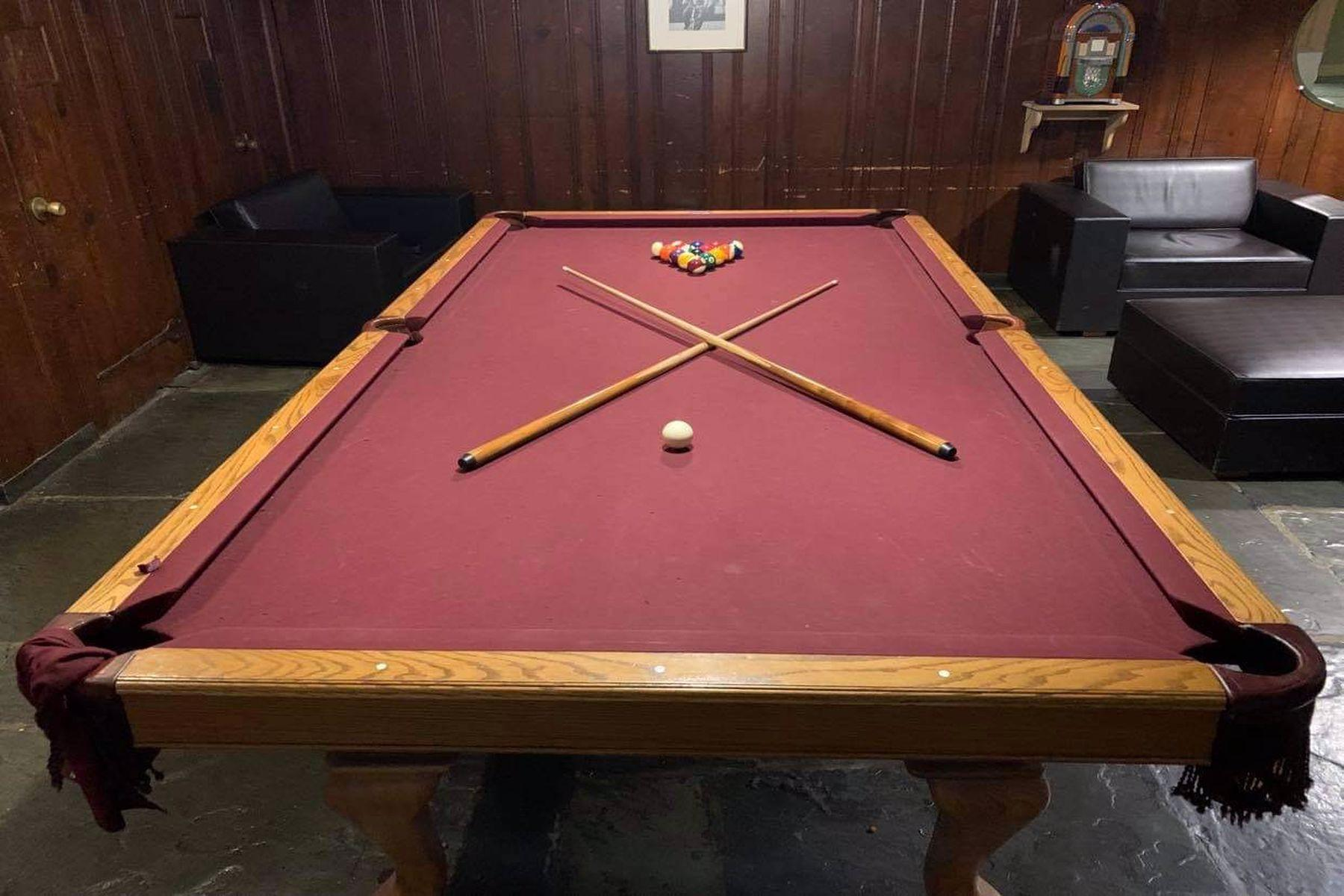 Forbes College pool table